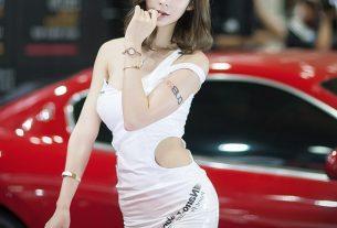 Ảnh gái xinh show hàng trên xe ô tô mới nhất năm 2021